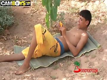 arab boys hot ready to wank