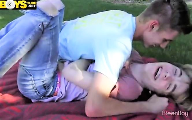 Sexy College friends sex - more @ gayboy.ca